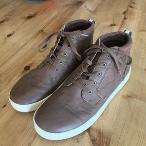 Sperry boys leather high tops size 6M